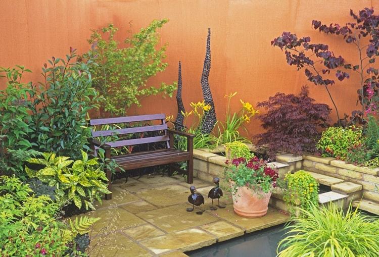 زراعة حديقة منزلية صغيرة (1)