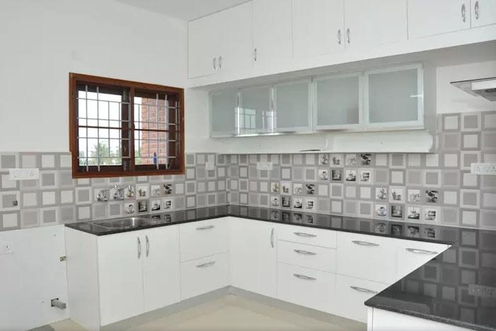 مطبخ أبيض